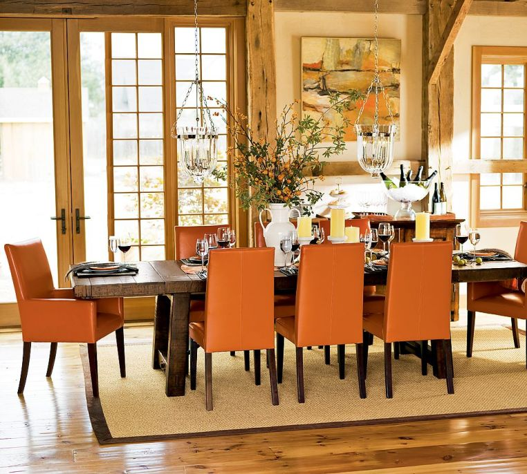 Notice That Actual Citrus Has Been Used As The Table Decoration Artwork Is Contemporary And It Plays Against Old Beams I Would Love To Have Dinner