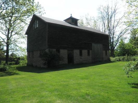 brick house 19