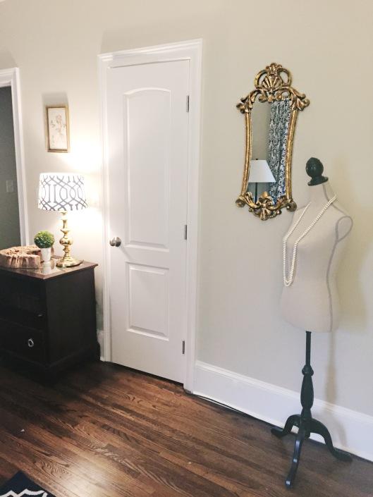 jewelry room 6